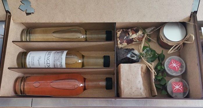 Online wine tasting event gift packs